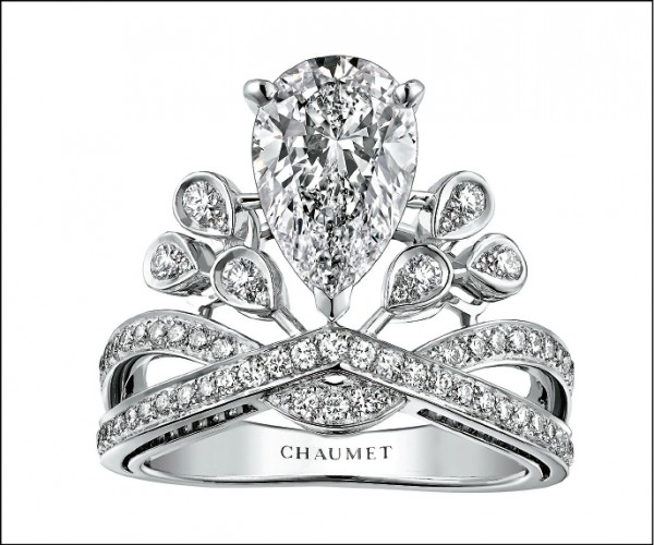 Chaumet Josephine Aigrette Imperiale戒指,約4,338,000元。