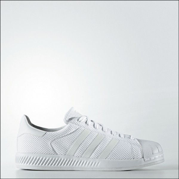 adidas Originals Superstar Bounce ,3,490元。