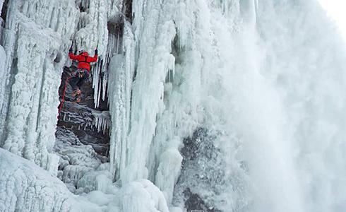 首位成功攀頂 尼加拉瓜瀑布