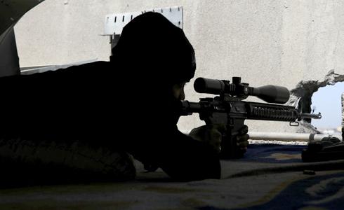 2.4公里外開槍 擊斃IS戰士