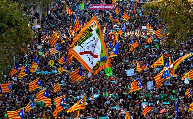 加泰、中央硬碰硬 歐盟憂內戰將爆發
