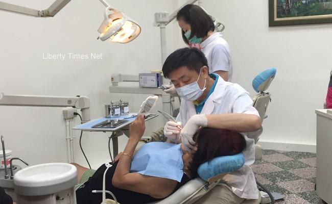 立院初審 未來牙助須通過國家考試