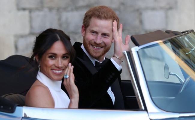 皇室婚禮落幕 哈利敞篷跑車藏愛的密碼