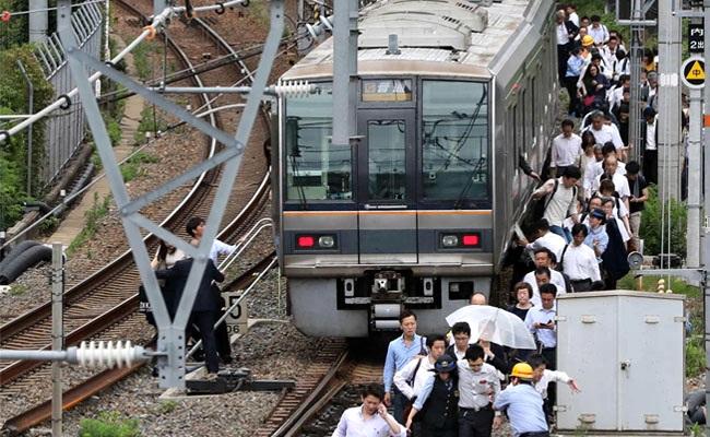 大阪規模5.9淺層地震 17萬戶停電