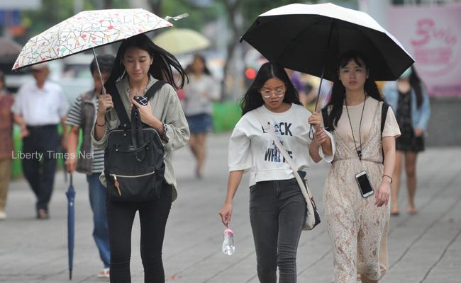 西南風持續影響 今全台慎防大雨