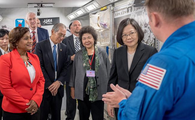 小英參訪NASA 台灣總統第一人