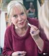 不要「火雞脖」! 75歲老婦愛整形