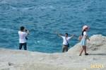 危險!中客闖石梯坪管制區 拍「擁抱大海」照