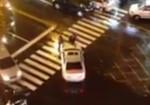 婦人逆向停車買滷味 警取締疑遭衝撞開槍