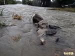 灌溉農渠未清淤 鳳凰豪雨漫淹成災居民怒