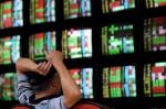 台股收盤下跌49.75點