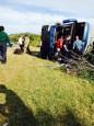 美巴士失速翻覆 華裔女乘客當場死亡