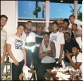 NBA》負責拍照?湖人球員共進晚餐照不見布惹