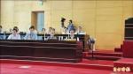 中市議會空調故障 議員官員「悶燒」