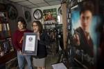 花15年收集哈利波特 墨男破世界紀錄