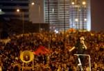 香港學生最後通牒: 梁振英今不下台 就圍港府