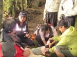 登山客摔倒骨折 20名警耗10小時救援