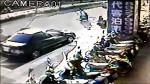 開車門害撞飛 婦瞬間被後車輾死