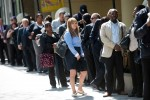 美國上週初領失業救濟金人數增加1.7萬人至28.3萬人