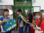 學生挨餓上街募款 響應飢餓三十