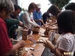 向陽工坊工藝研習 漂流木化身文創品