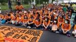 國道收費員「六步一跪」討公道 揚言絕食抗議