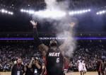 NBA》小皇帝背號、賽前儀式 全由球迷決定