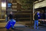 處理伊波拉 工作人員「徒手」拿汙染物