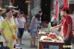 安平效忠街「藏巷市集」構築年輕創意家交流平台