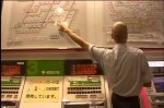 外國人傻眼 日本車站服務員藏身售票機
