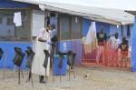 校方憂伊波拉感染 禁學女童3週
