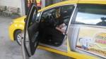 計程車司機敲不醒 原來燒炭身亡