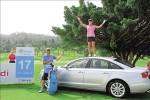 連2週一桿進洞 丹妮爾姜開走Audi房車