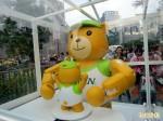 泰迪熊機器人現蹤 熊爸熊弟擁抱