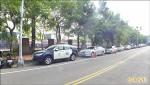 《配合藍黨慶》台中警騙路邊停車讓位 民轟乞丐趕廟公