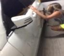 男友偷吃 女子在賓士塗鴉「魯蛇」、「小雞雞」報復