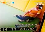 腳壓童2分鐘 保母被控施虐
