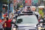朱立倫新莊車隊掃街 籲選舉理性平和