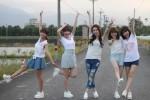 女團Twinko拍MV…接吻、滾床單