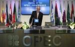 OPEC堅持不減產 國際油價崩跌