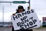 布朗案、壓榨勞工!感恩節旺季 美零售業遭抵制
