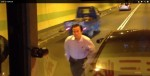 擋道逼公車還傷警 醫師被起訴