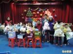 嘉義特教歲末聯歡 各界愛心捐「耶誕禮物」送愛