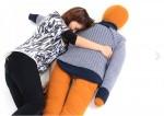 日本推出人形抱枕消寂寞 網友:買了才更孤單