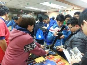 中華職棒公司耶誕特賣會 陽岱鋼亞運卡被掃光