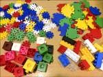送組裝玩具 孩子玩中學