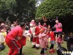 縣長爸爸扮耶誕老公公 與34名「孩子」同歡