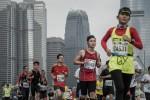 7萬人跑香港馬拉松 14人送醫、2人情況危急