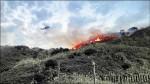 火燒金瓜石 火勢沿著稜線跑