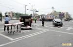 載傷患送醫途中 救護車車禍翻覆6傷